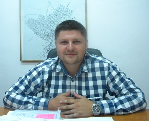Adrian Budur