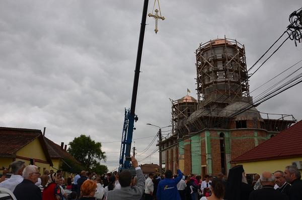 Biserica Sacalaz