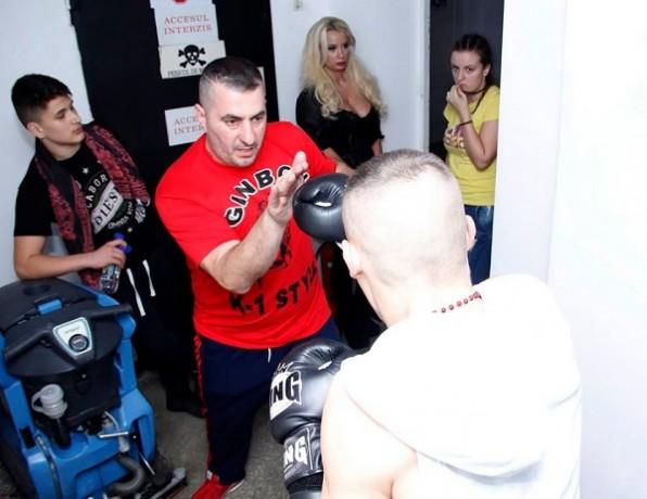 Ginardo Gaspar kickboxing