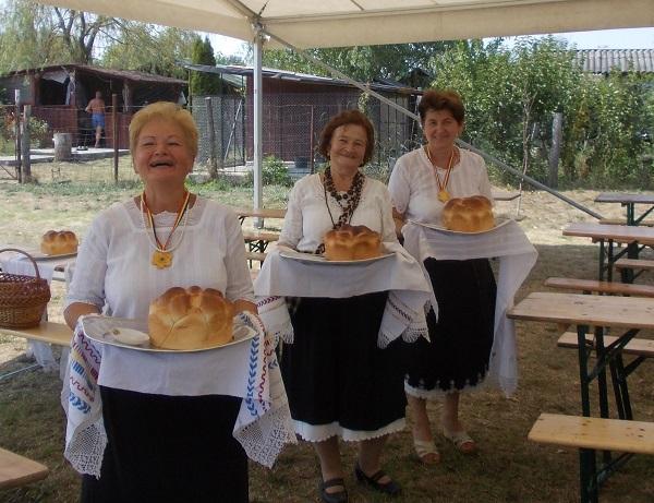 Pâine și sare pentru bodrogani