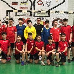 Micii handbalişti din Moşniţa Nouă şi Giroc reprezintă Banatul la turneul semifinal al Campionatului Naţional