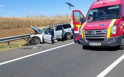 Accident în Timiș, între un autoturism și semi-remorca unui tir