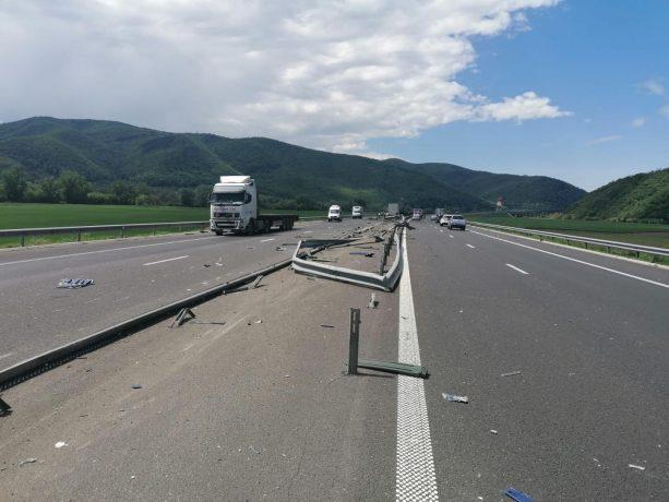 Accident pe Autostrada A1, trafic dat peste cap pe ambele sensuri