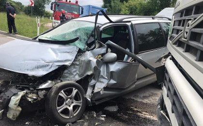 Accident grav, cu trei victime, pe o şosea din vestul ţării