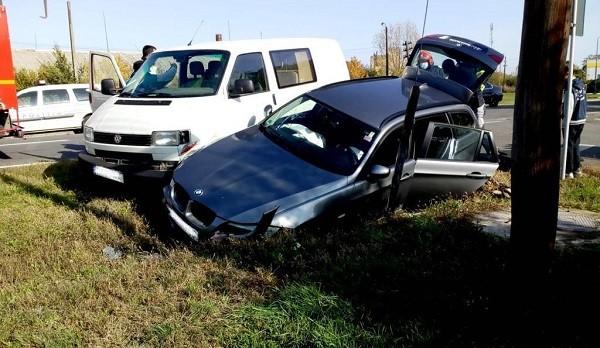 Accident rutier grav în Sânnicolau Mare. Au intervenit descarcerarea şi SMURD