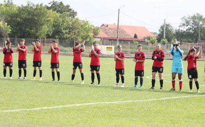 Comloșu Mare are echipă de fotbal în prima divizie! Foto