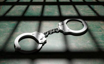 Bărbați reținuți pentru furt calificat. Bunuri în valoare de 8.000 de euro nu au mai fost recuperate