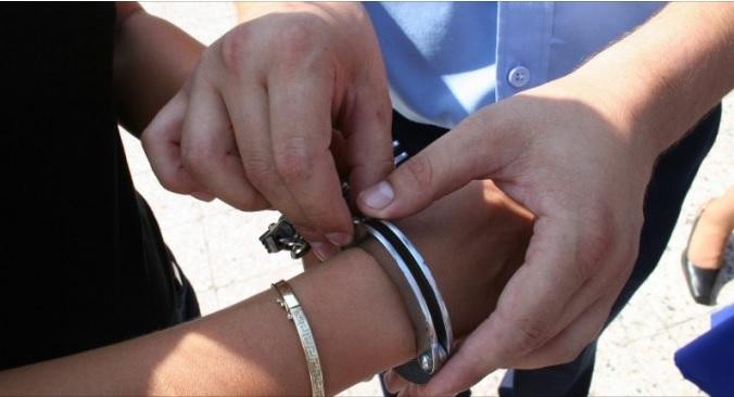 Reținuți pentru tentativă de tâlhărie calificată. Doi tineri au ajuns în arestul IPJ Timi