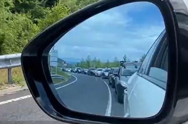 Vacanță cu început de coșmar: 5.000 de români au stat ore în şir la frontiera Greciei
