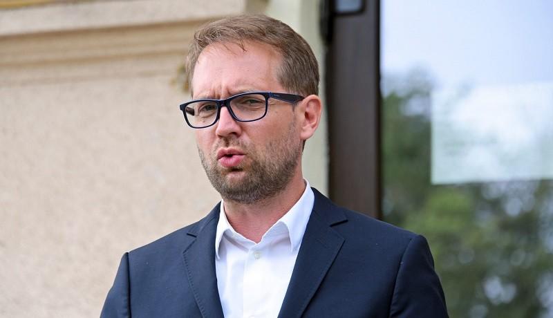 """Timișul, pedepsit pentru corectitudine? Fritz: """"Am testat peste 2.700 de persoane - în județul Caraș-Severin au fost doar 40. Ghiciți care dintre cele două județe este în scenariul roșu"""