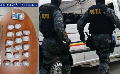 Doi traficanți de droguri de mare risc, prinși în flagrant la Timișoara. Fac parte dintr-o rețea internațională