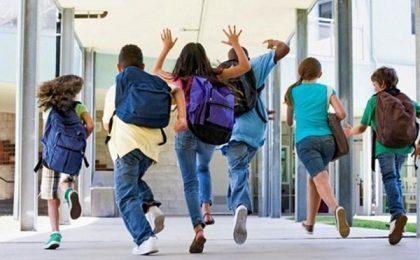 Adeverința medicală solicitată la școală pentru a dovedi că elevul poate participa la orele de sport a fost eliminată