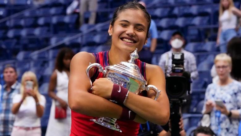 Emma Răducanu, campioană la US Open 2021, la doar 18 ani