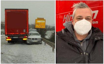 Un șofer de TIR român, erou în Germania! A oprit cu camionul un BMW care venea haotic pe contrasens (foto)