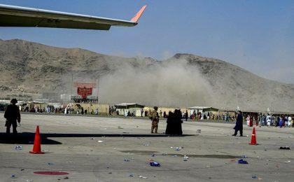 Două explozii au avut loc în zona aeroportului din Kabul