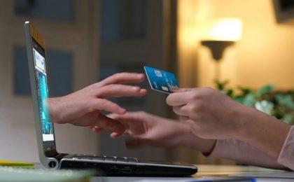 Incidente de securitate cibernetică de tip fraudă, prin intermediul unor site-uri! Ce spun autorităţile (video)
