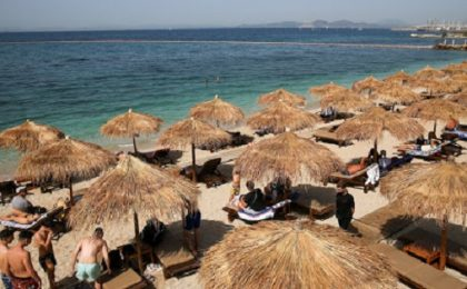 Grecia și-a redeschis turismul. Care sunt regulile pentru turiști / Condițiile de deplasare cu feribotul sau cu avionul