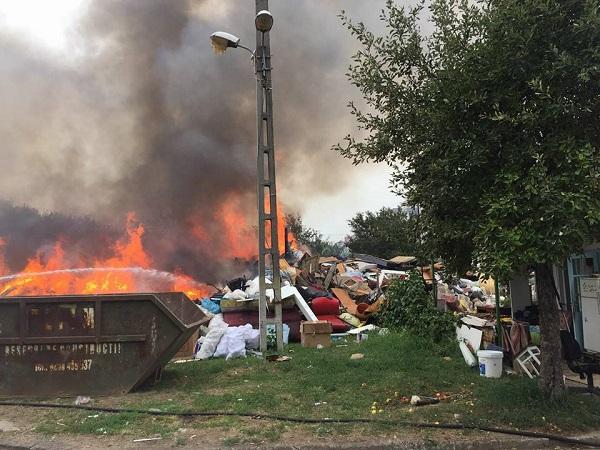 incendiu torontalului2 Incendiu pe Calea Torontalului