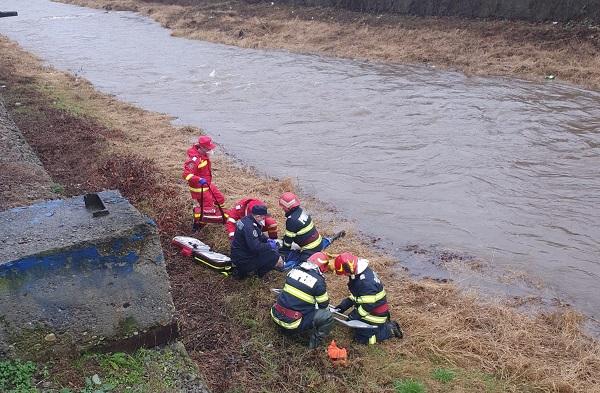 Un bărbat a murit înecat în apele unui râu din vestul țării