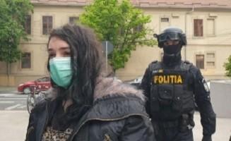 Condamnare definitivă cu executare pentru femeia din vestul țării acuzată de propagandă teroristă și legături directe cu o organizație teroristă din Orientul Mijlociu