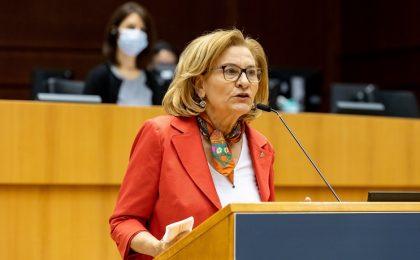 """Maria Grapini: """"Comisia Europeană trebuie să adopte măsuri urgente. Milioane de cetățeni nu-și pot plăti facturile pentru energie și încălzire!"""""""