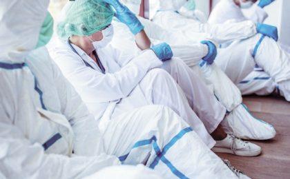 Apelul medicilor: depolitizați deciziile medicale și haideți să colaborăm în slujba românilor
