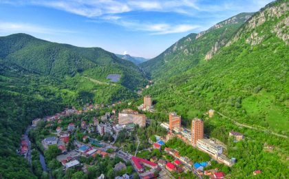 Banatul montan este destinatia turistica a anului