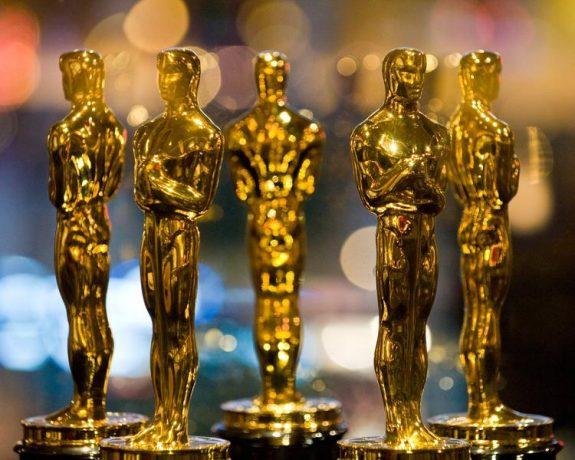 """Oscar 2021 """"Colectiv"""" nu a reușit să ia Oscarul. Nomadland - Cel mai bun film, cea mai bună regie și cea mai bună actriță în rol principal. Lista câștigătorilor"""