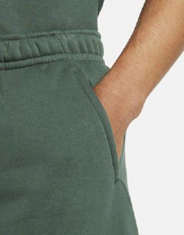 Pantaloni scurți: singurele trei modele pe care ar trebui să le ai în garderobă