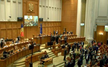 LIVE! Guvernul Cioloș, acum vot în Parlament