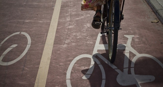 Piste de biciclete și trasee pietonale pe sub podurile Dacilor și Șaguna, la Timișoara