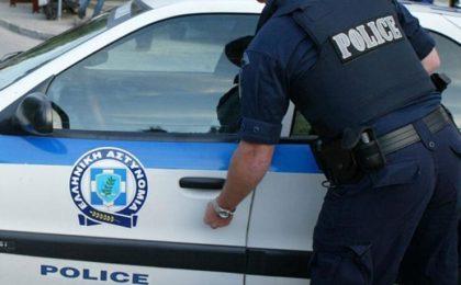 Lunga listă de contravenții care lasă șoferii străini, în Grecia, fără permis, talon și plăcuțe de înmatriculare