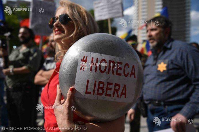Protest în Piața Universității față de posibilele restricții pentru persoanele nevaccinate