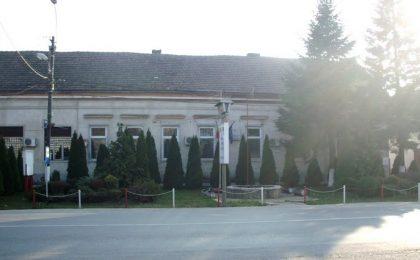 Se ascut săbiile într-o mare comună de lângă Timişoara