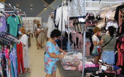 Salonul Industriei Ușoare a revenit la Timișoara. Expun 50 de companii din țară, la prețuri acceptabile