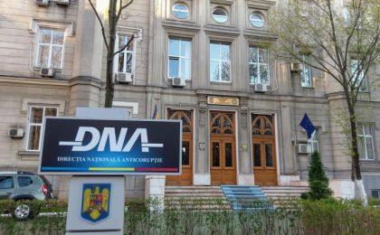 DNA: Cosmin Şandru şi Nicolae Bitea, urmăriţi penal pentru dare de mită!