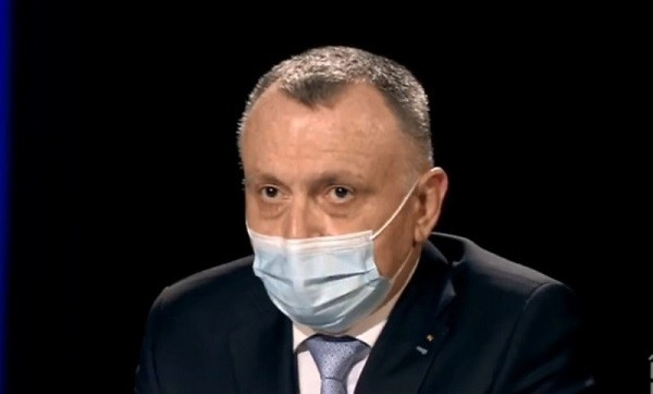 Sorin Cîmpeanu: Campania de vaccinare anti-COVID în școli, blocată!