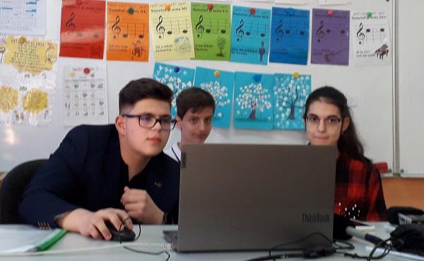 """""""Târgul liceelor timișene"""", un proiect inedit realizat de o echipă de tineri. Platforma, lansată la Timișoara"""