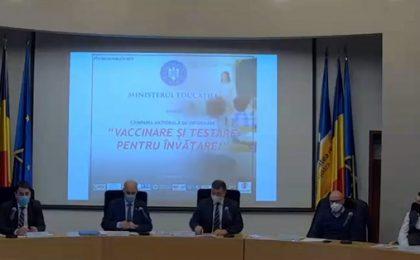 """""""Vaccinarea este singura soluție de revenire la normalitate"""", a declarat, la Timișoara, Sorin Ion, secretar de stat în Ministerul Educației"""